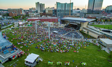 Nashville residents and visitors enjoy the outdoors and performances at the Ascend Amphitheater and on the 1.5-acre event lawn, the Green, in Riverfront Park on the banks of the Cumberland River.